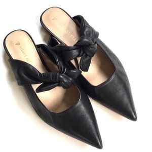 EUC Shoes Of Prey Leather Flats